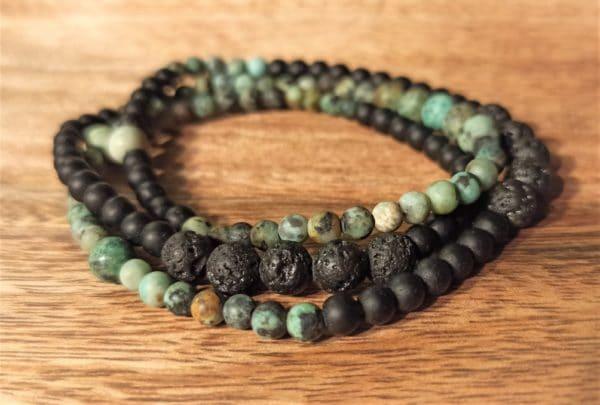Bracelet Triple ou collier, Pierre de lave, onyx mat et turquoise africaine
